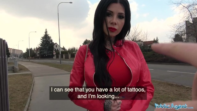 Rumanian Big Tits and tattoos Girl fucked outside