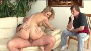 Alexis Texas cuckolding on Husband